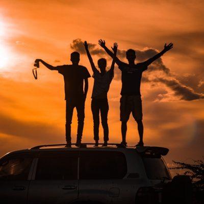 Le 3 Silviae presentano *la guida di viaggio per cambiare vita!*
