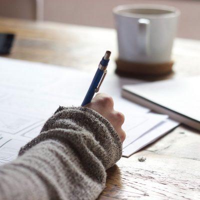 Scrittura espressiva: due viaggi per imparare